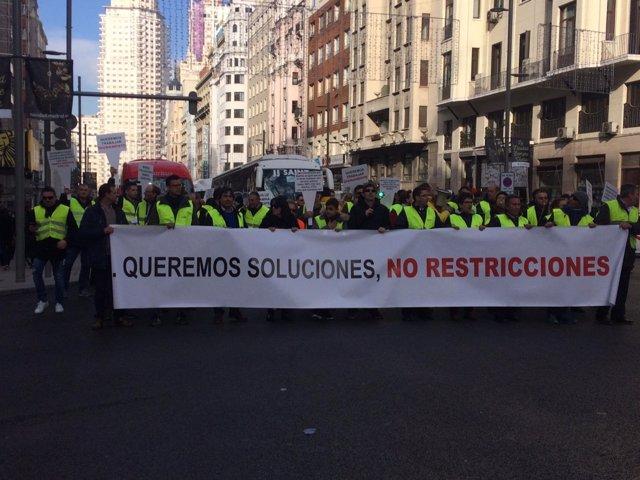 Manifestación de trabajadores de autocares de viajeros de Madrid