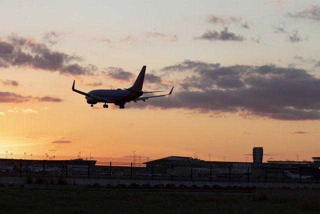 Air traffic safer as US shutdown is paused