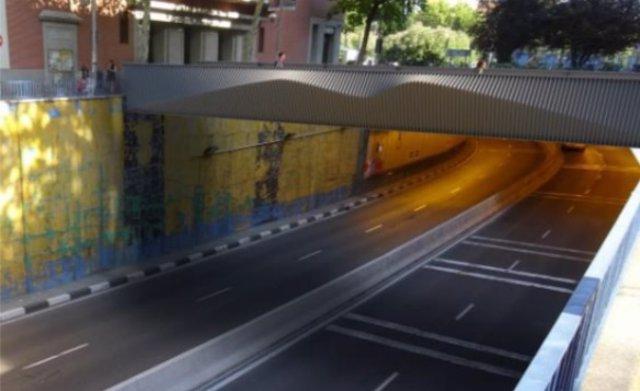 Pasarela peatonal en Manuel Becerra
