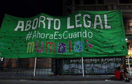 Confirman que se presentará en marzo un nuevo proyecto para legalizar el aborto en Argentina