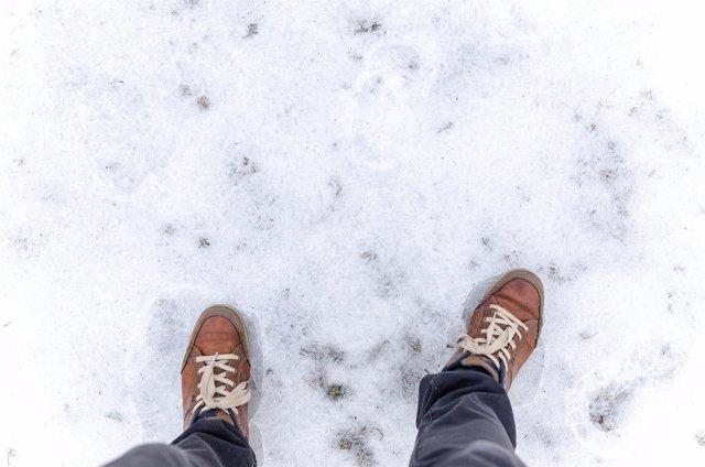 Cuidar los pies en invierno, pies, nieve, frío