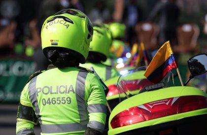 Detienen a un capitán de la Policía de Colombia acusado de abuso sexual contra una teniente