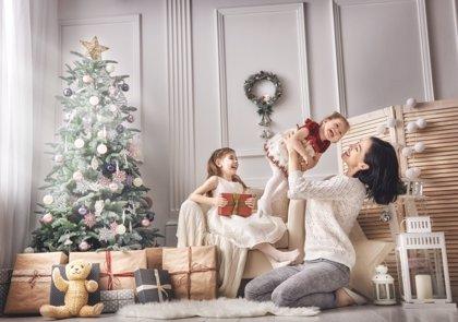 Pautas para que los niños vivan una mejor Navidad: ¿Qué riesgos corremos ante la abundancia de juguetes y consumismo?