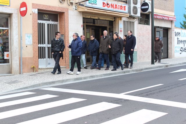 Azcón (PP) exige mejoras de seguridad vial en la calle Antonio Leyva