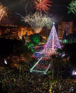 Encendido del Árbol de Navidad en Murcia, multitud