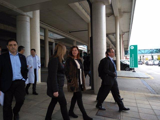 Persidenta del Govern, Francina Armengol, y consellera de Salud, Patricia Gómez