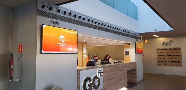 Gimnasio Go Fit de Madrid con publicidad de la Costa del Sol