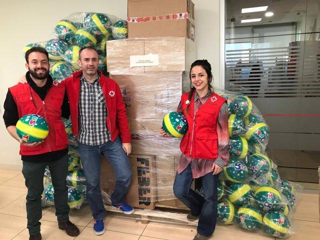 """Campaña 'Sus derechos en juego' del Atlético y Toys """"R"""" US"""