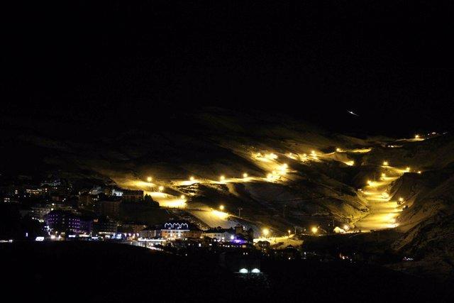Esquí nocturno en Sierra Nevada