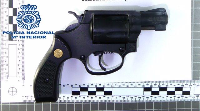 Arma sostreta