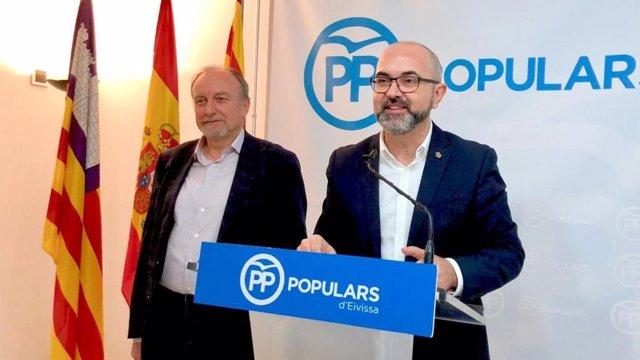 Coordinador del PP en Ibiza, Vicente Roig, y portavoz GP Consell, Mariano Juan