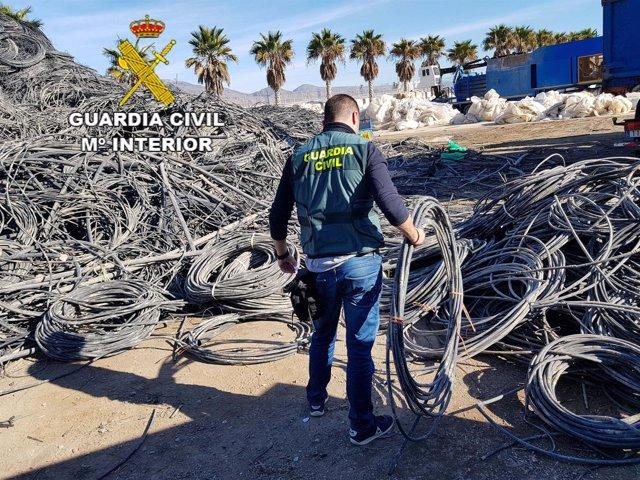 La Guardia Civil esclarece robos en una explotación agrícola