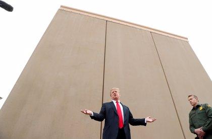 Trump rebaja sus pretensiones financieras para acabar el muro con México en un gesto hacia el Partido Demócrata