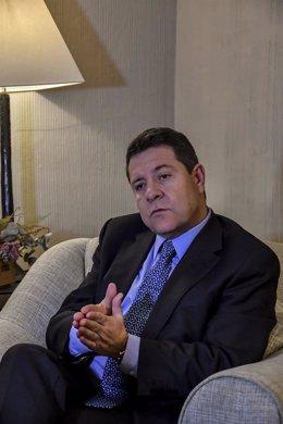 Imagen de la entrevista de Europa Press del presidente de Castilla-La Mancha, Em
