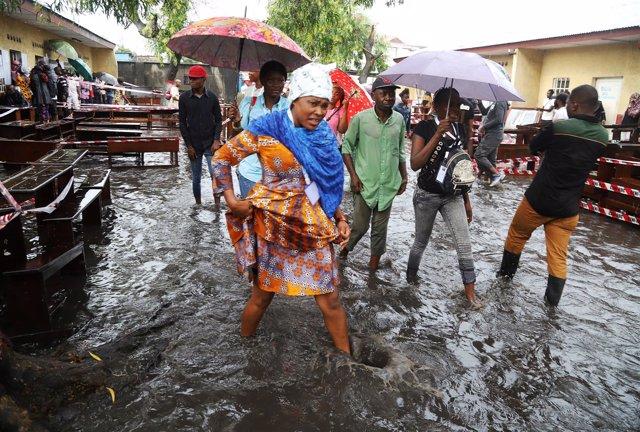 Lluvias torrenciales en elecciones presidenciales de RDCongo