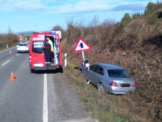 Bomberos atienden accidente de tráfico en Pueyo (Navarra)