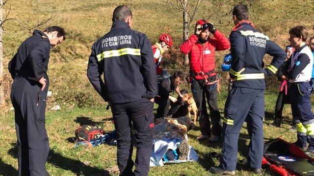 Rescate del senderestista en Camaleño