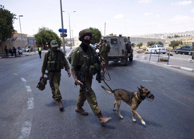 Militares israelíes en Cisjordania
