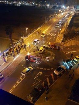 Accidente de tráfico en una rotonda de Melilla