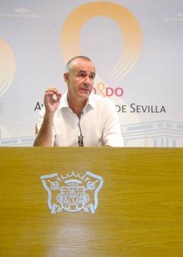 El concejal del PSOE en Sevilla Antonio Muñoz