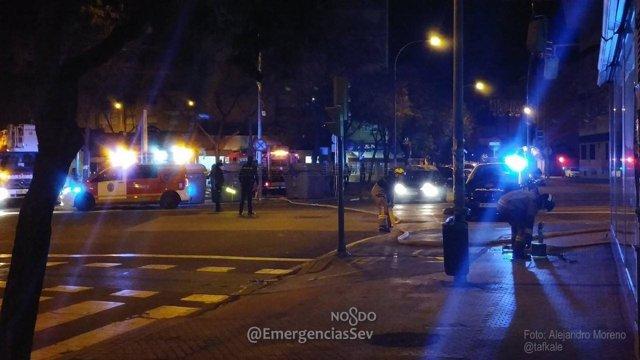 Incendio en un local de la avenida de Llanes en la madrugada del 31 diciembre