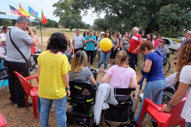 Actividad de Apamex y Cocemfe Badajoz