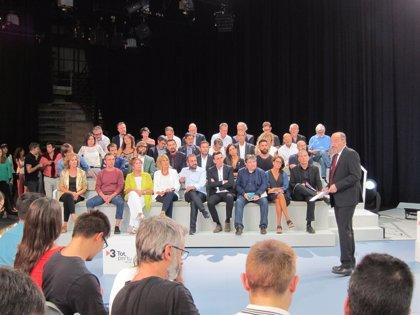 """El Gobierno dice que hay """"limitaciones técnicas relevantes"""" para las emisiones de TV3 y Catalunya Ràdio en la Comunitat"""