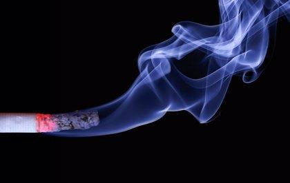 Ser fumador pasivo puede aumentar el riesgo de muerte súbita