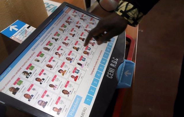 Máquinas de votación en República Democrática del Congo