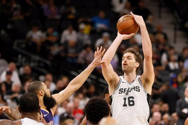 Pau Gasol con San Antonio Spurs
