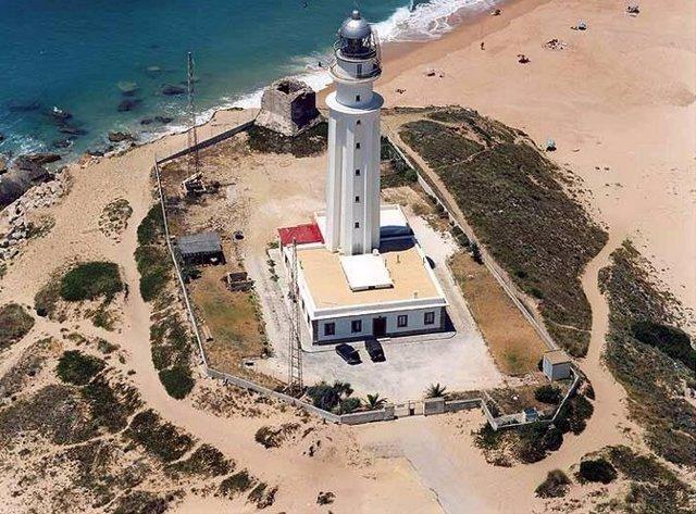 Faro de Trafalgar en la Bahía de Cádiz