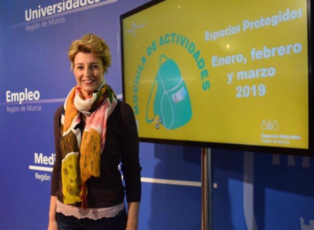 Consuelo Rosauro, presentó las nuevas propuestas de la 'Mochila de Actividades'
