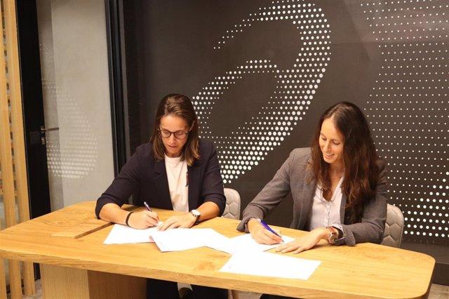 Gemma Triay y Lucía Sainz fichan por ASICS pádel