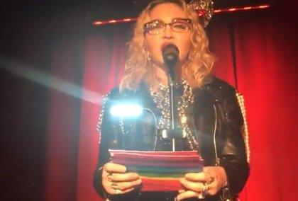 Madonna entra en 2019 apareciendo por sorpresa en un icónico local LGBT en Nueva York
