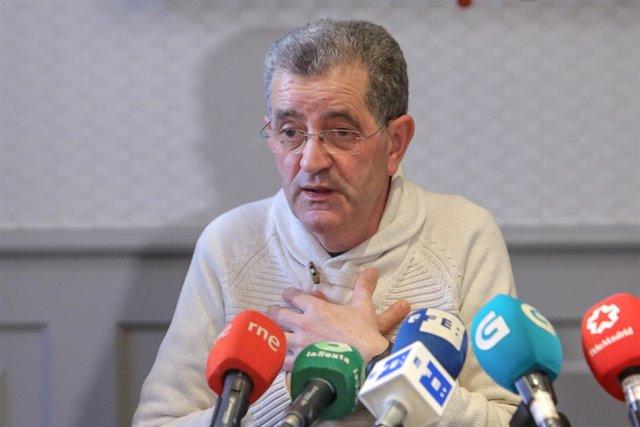 El líder de la secta religiosa de los Miguelianos, Miguel Rosendo, ofrece una ru