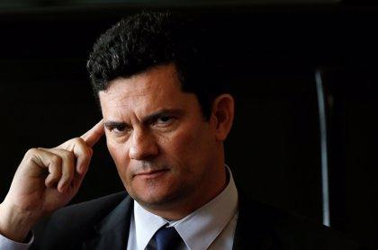 """Moro promete que Brasil ya no será """"un puerto seguro para criminales"""" tras asumir el Ministerio de Justicia"""