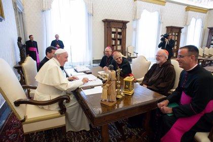 """Víctimas de abusos denuncian la pasividad de la Iglesia: """"Tenemos una verdadera banda de obispos delincuentes"""""""
