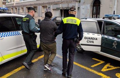 El Ayuntamiento de Laredo (España) convoca una concentración para condenar el asesinato de la joven dominicana