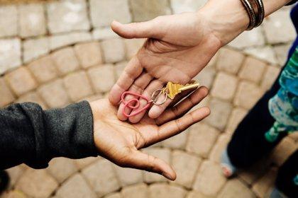 """Nace la plataforma Alojados de Chile para combatir la """"competencia desleal"""" de Airbnb"""
