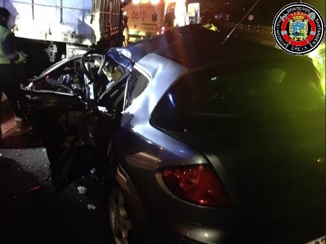 Estado del vehículo del joven tras la colisión