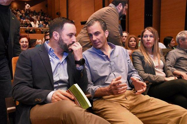 Acto de Vox en el Palacio Euskalduna (Bilbao) con el presidente del partido, San