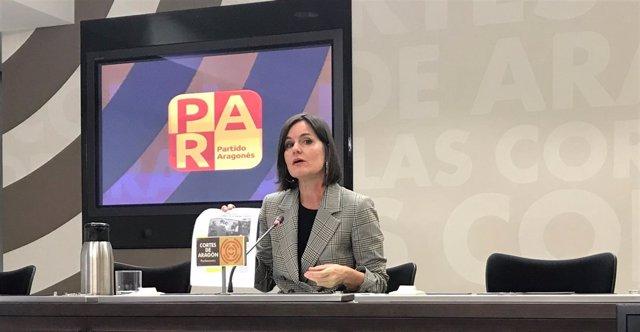 La diputada del PAR, Elena Allué, en rueda de prensa este viernes