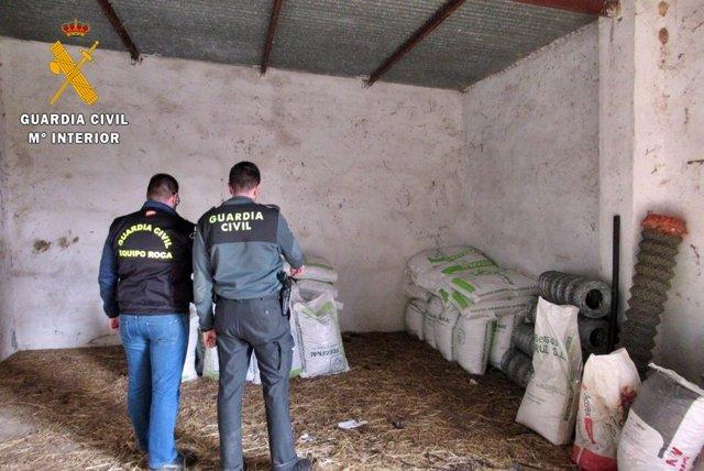 La guardia civil recupera los efectos robados en una finca de Jerez