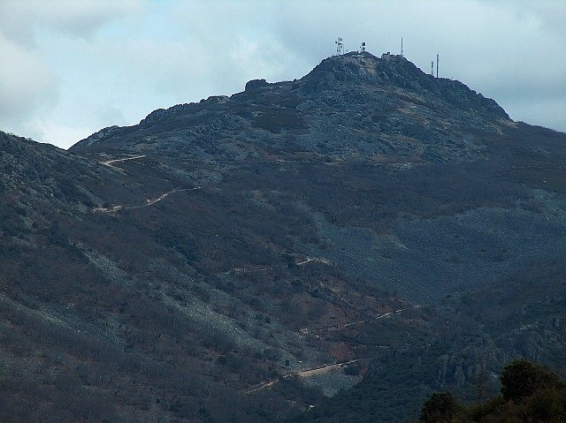 La Diputación de Cáceres arreglará el acceso al Pico Villuercas