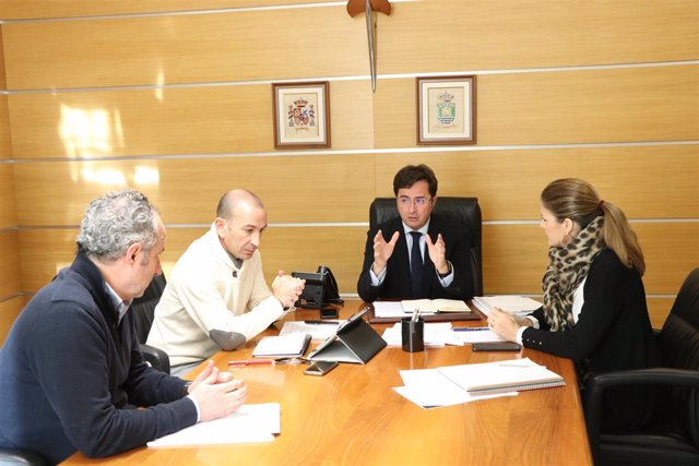 Góngora preside la reunión sobre el control del empadronamiento