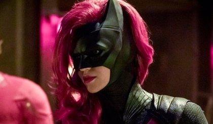 The CW da luz verde al piloto de Batwoman con Ruby Rose