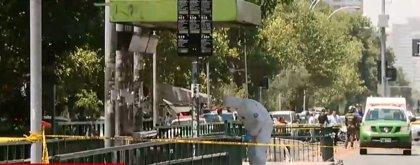 Cuatro personas heridas por una explosión en una parada de autobús en Santiago de Chile