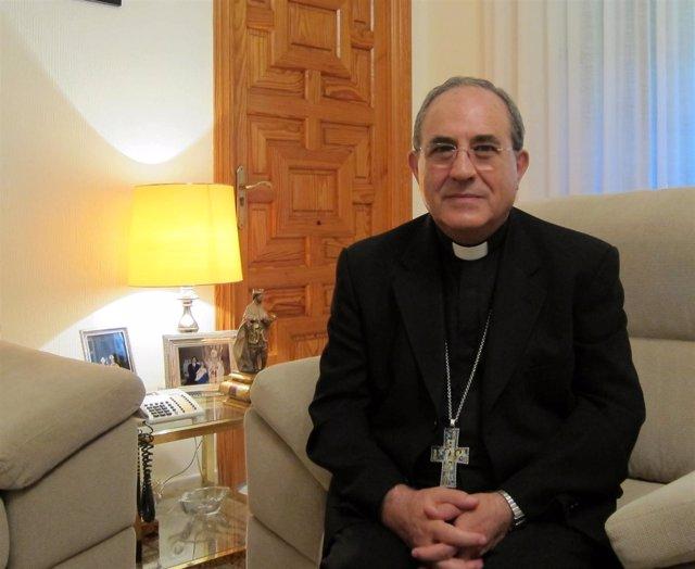 El Arzobispo De Sevilla, Monseñor Juan José Asenjo