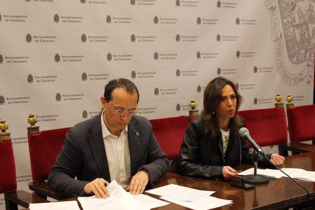 Los concejales del PP Fernando Egea y Rocío Díaz