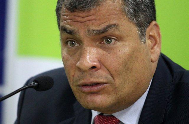 Rafael Correa aparece en un segundo informe con responsabilidad penal
